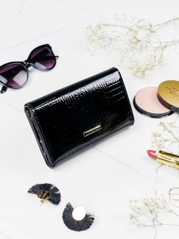Čierna dámska kožená peňaženka 2092