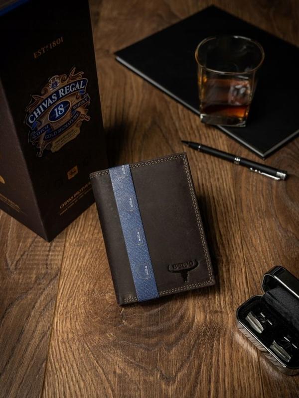 Hnedá pánska kožená peňaženka 2228