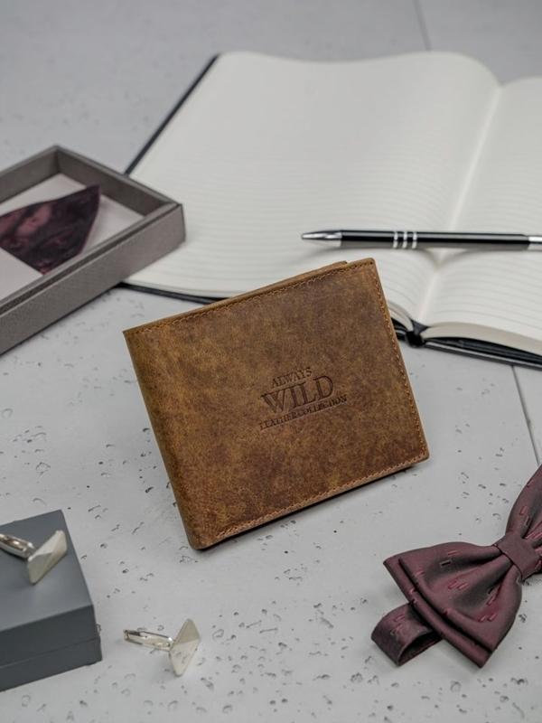 Hnedá pánska kožená peňaženka 3130